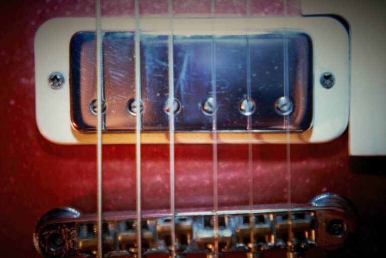 1975 Gibson Les Paul Deluxe Red SparkleRed Sparkle